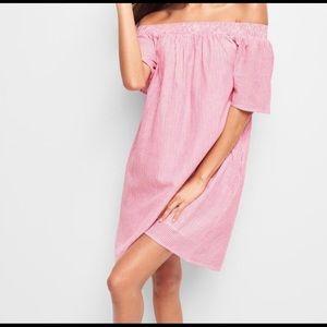 Gap Pink Striped Off the Shoulder Dress w Pockets!